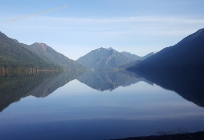 Cs15.dataditpubpublished20160226joythis.com_Quick_Lake_Crescent_shot_in_WA._3254x1836_i.imgur_.com_l9CeUKz_1024x768_stamped.jpg