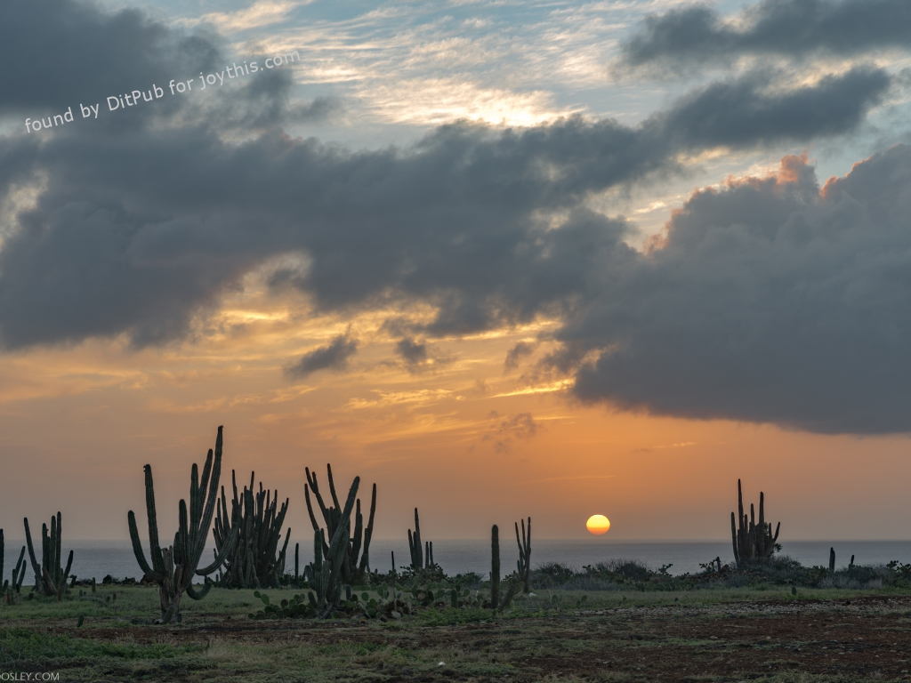 Cs15.dataditpubpublished20160226joythis.com_Sunset_in_Aruba_3740_x_2560_OC_i.imgur_.com_VMRDD4Z_1024x768_stamped.jpg
