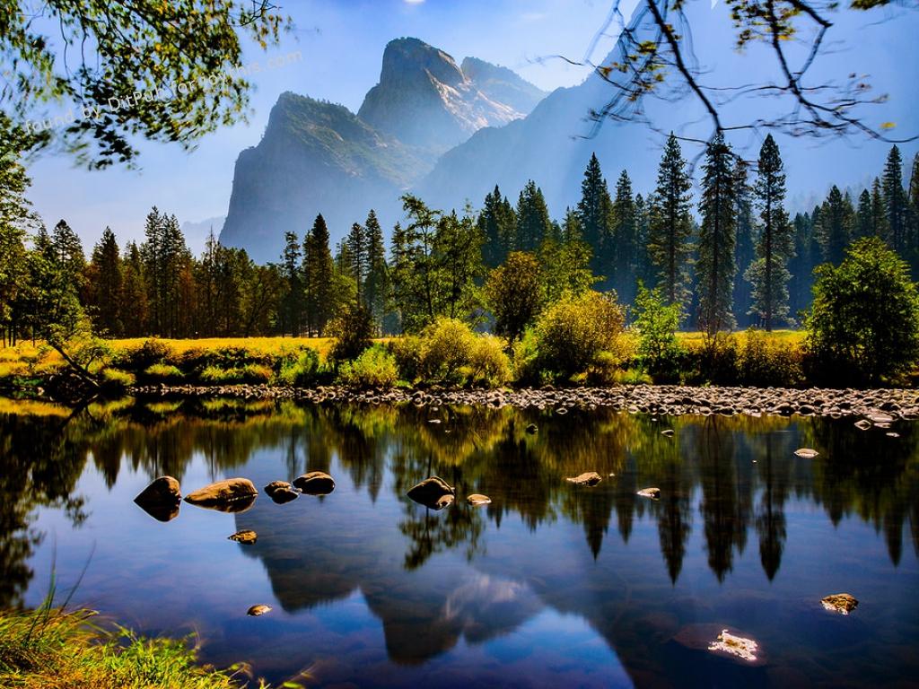 Cs15.dataditpubpublished20160226joythis.com_Yosemite_Valley_in_the_fall_OC1500x1000_farm2.staticflickr.com_1682_24974398800_ed7fb1b846_b_1024x768_stamped.jpg